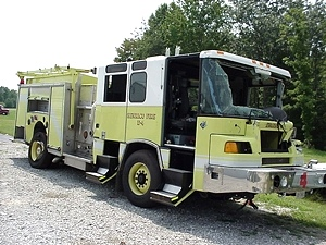 FIRE TRUCK PARTS FOR SALE 2002 PIERCE Quantum Pumper-FIRE TRUCK PARTS