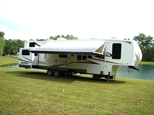 2011 Forest River Sierra 35LOFT Tree House Fifthwheel For Sale