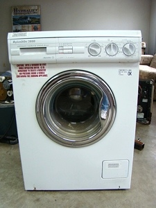 SPLENDIDE 2000 WD802 RV WASHER / DRYER FOR SALE