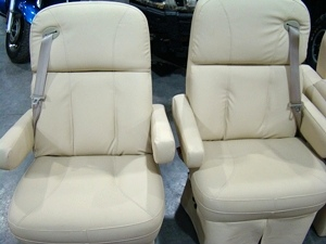 Exceptional RV SALVAGE SURPLUS FOR SALE MOTORHOME CAPTIAN CHAIRS / FRONT SEATS ...