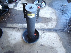 Used Power Gear Leveling Jack p/n 501096 For Sale