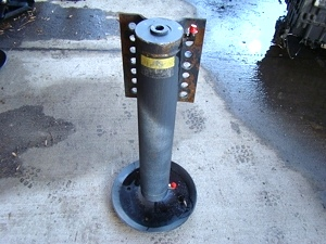 Used Power Gear Leveling Jack p/n 501095