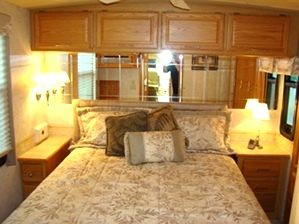 2005 WINNEBAGO JOURNEY MOTORHOME SALE PENDING 35FT 2-SLIDE